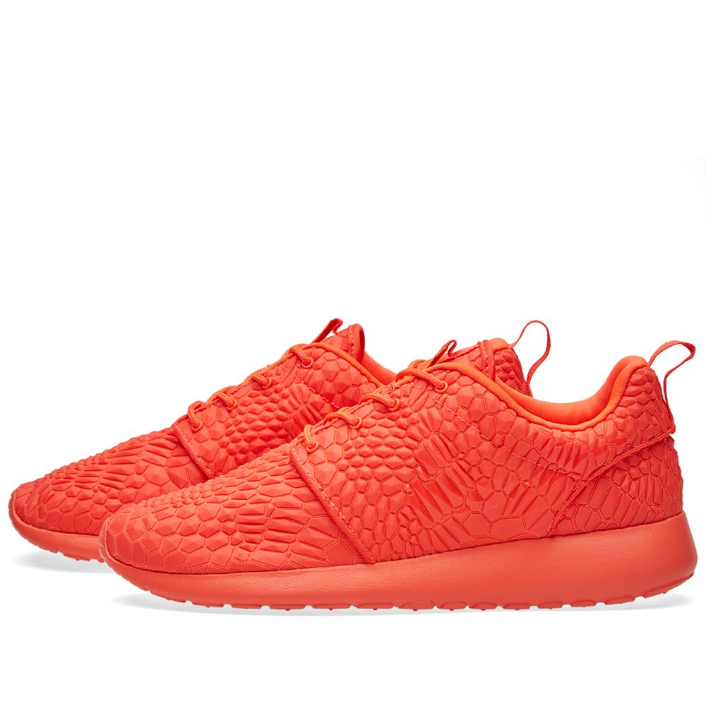 cbba856c37c3 Sold out. Description. The Nike Roshe women s ...