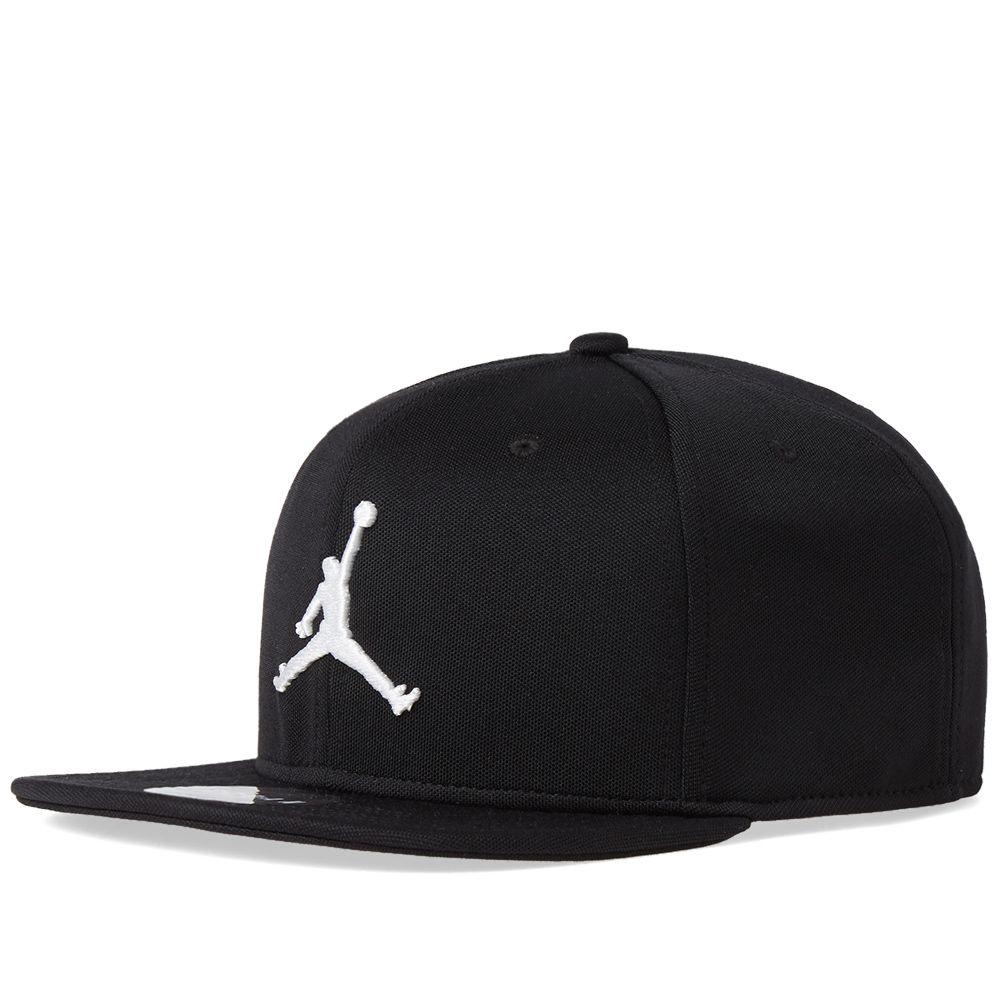 Nike Jordan Jumpman Snapback Cap. Black   White. DKK309 DKK169. image 1d3130f987c