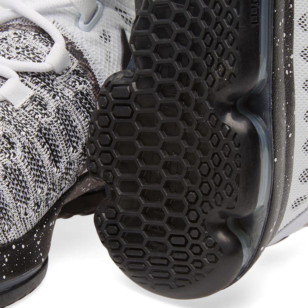 e46912a63d20 Nike Zoom KD 9 White   Black