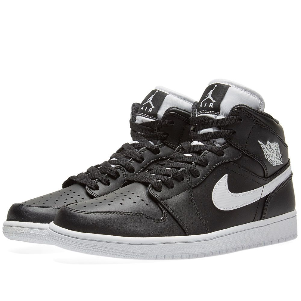 info for 298b8 76259 Nike Air Jordan 1 Mid Black   White   END.