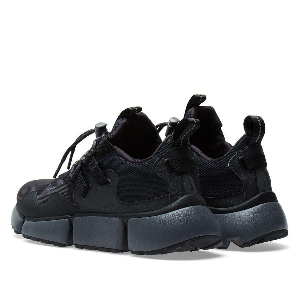 big sale 72546 5333e Nike Pocket Knife DM Black  Dark Grey  END.