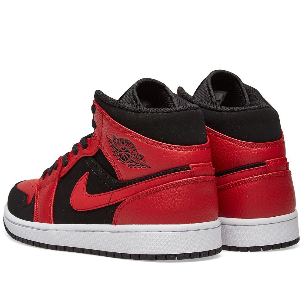 1b6bf1152700 Air Jordan 1 Mid. Black