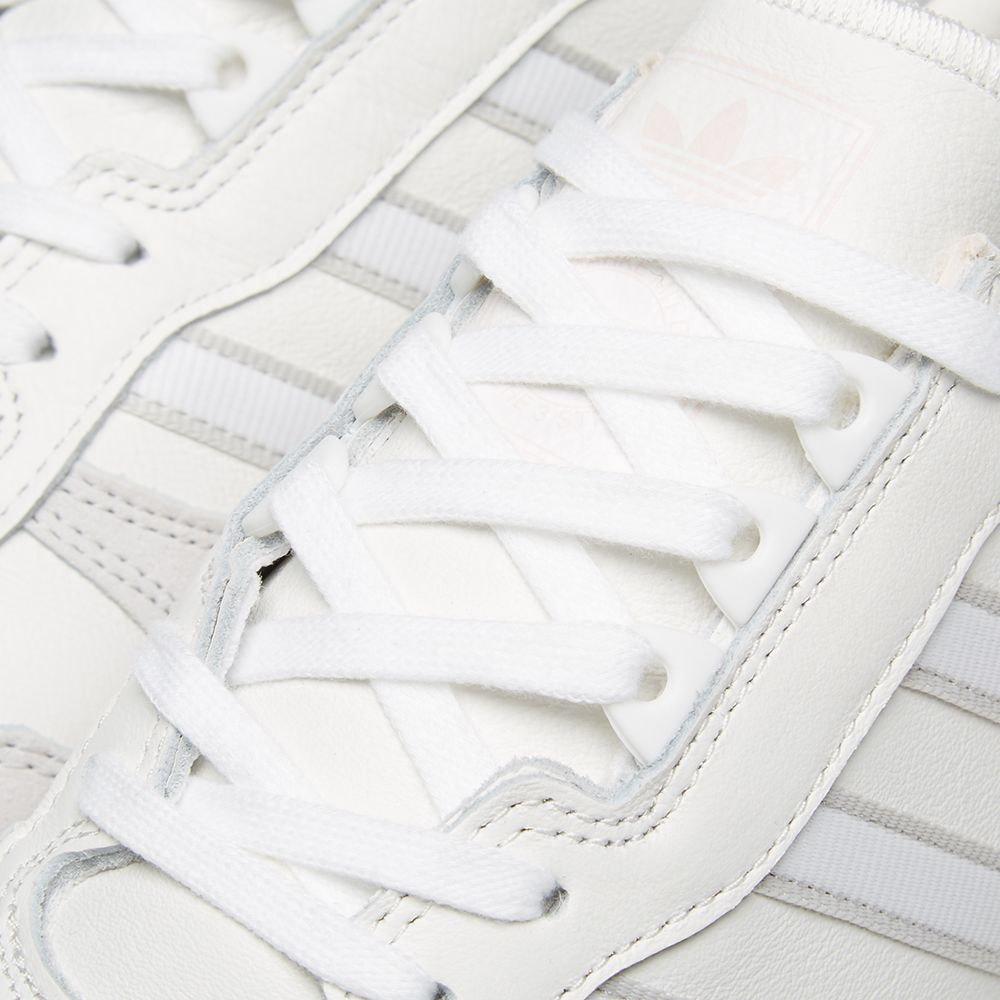 outlet store ee5b3 e85d6 Adidas Rising Star x R1