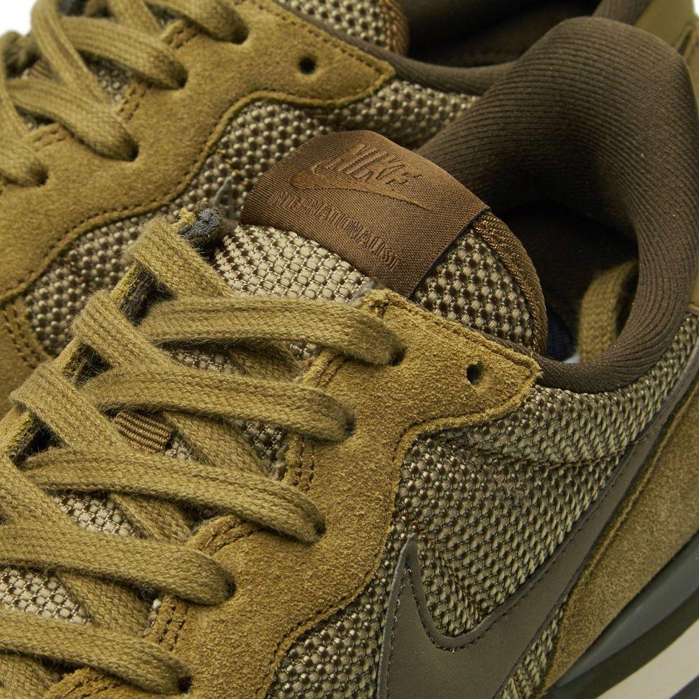 9d7abef293c Nike Internationalist Premium Olive Flak   Dark Loden