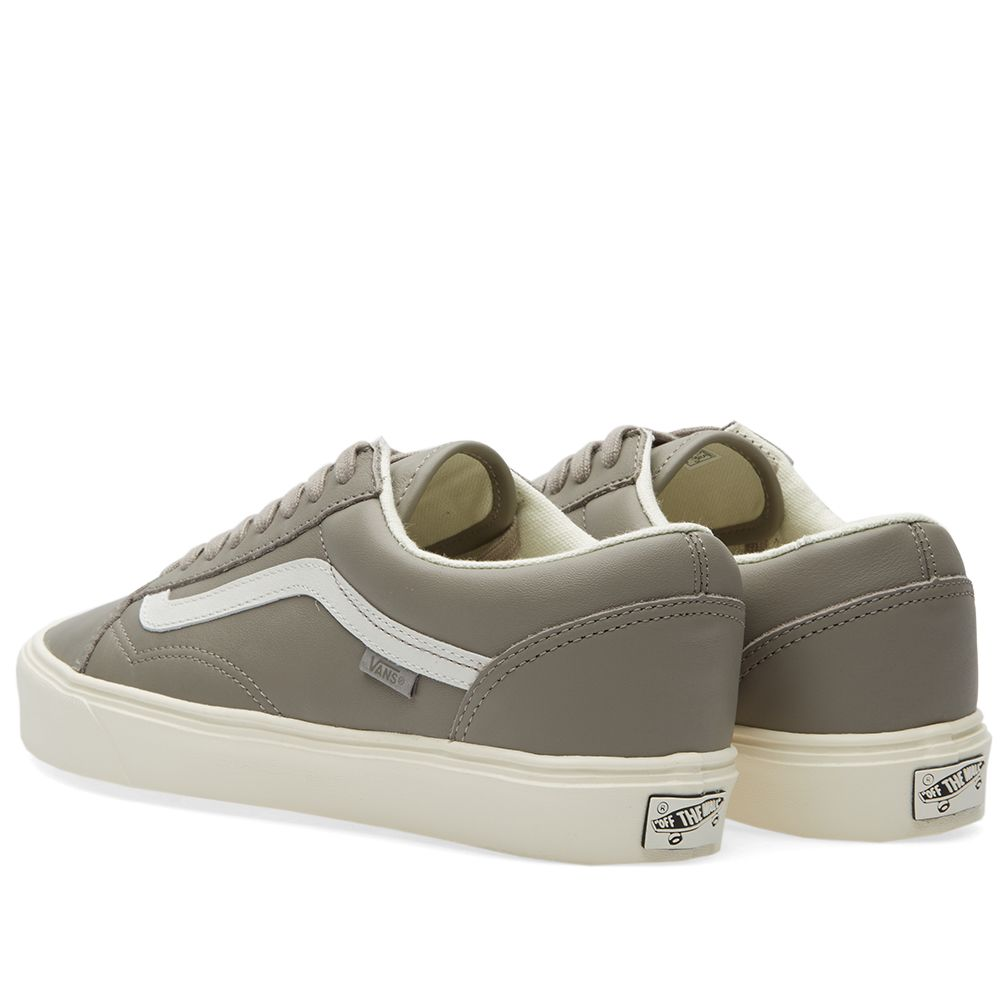 8315b89a02 Vans Vault Old Skool Lite LX Moon Rock   Marshmallow