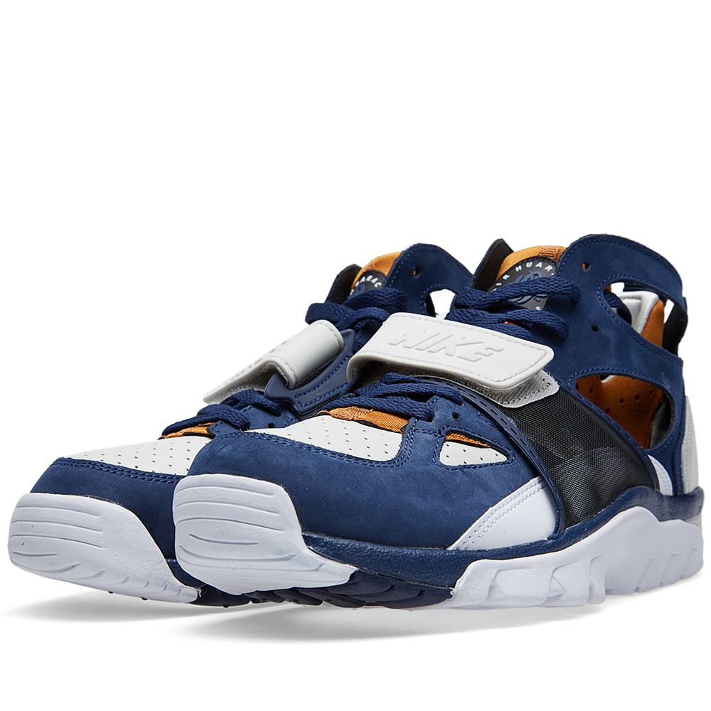 52453c24c7eb Nike Air Trainer Huarache Premium  Medicine Ball  Light Bone ...