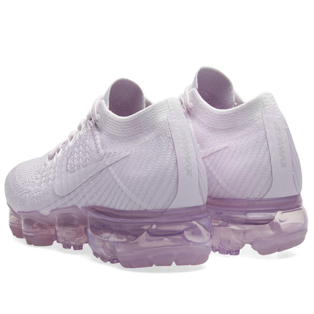 Nike W Air Vapormax Flyknit Light Violet   White  5490c3a5b4