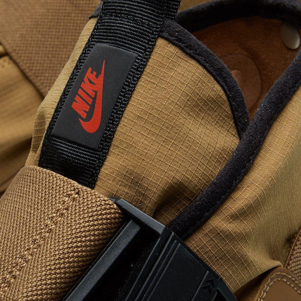 NikeLab ACG 07 Komyuter Golden Beige   Black  f18a4152a