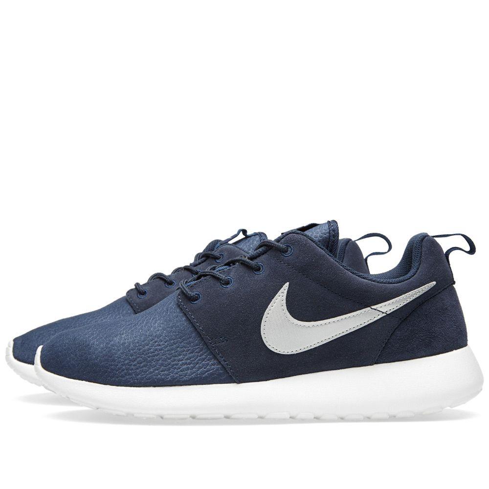 1aa5a854b0f1 Nike Roshe Run Suede. Obsidian   Metallic Silver. S 119. image