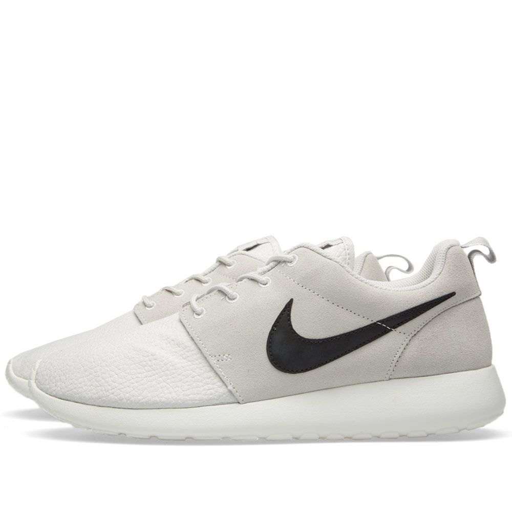6372fe48c9fb Nike Roshe Run Suede Light Ash   Black