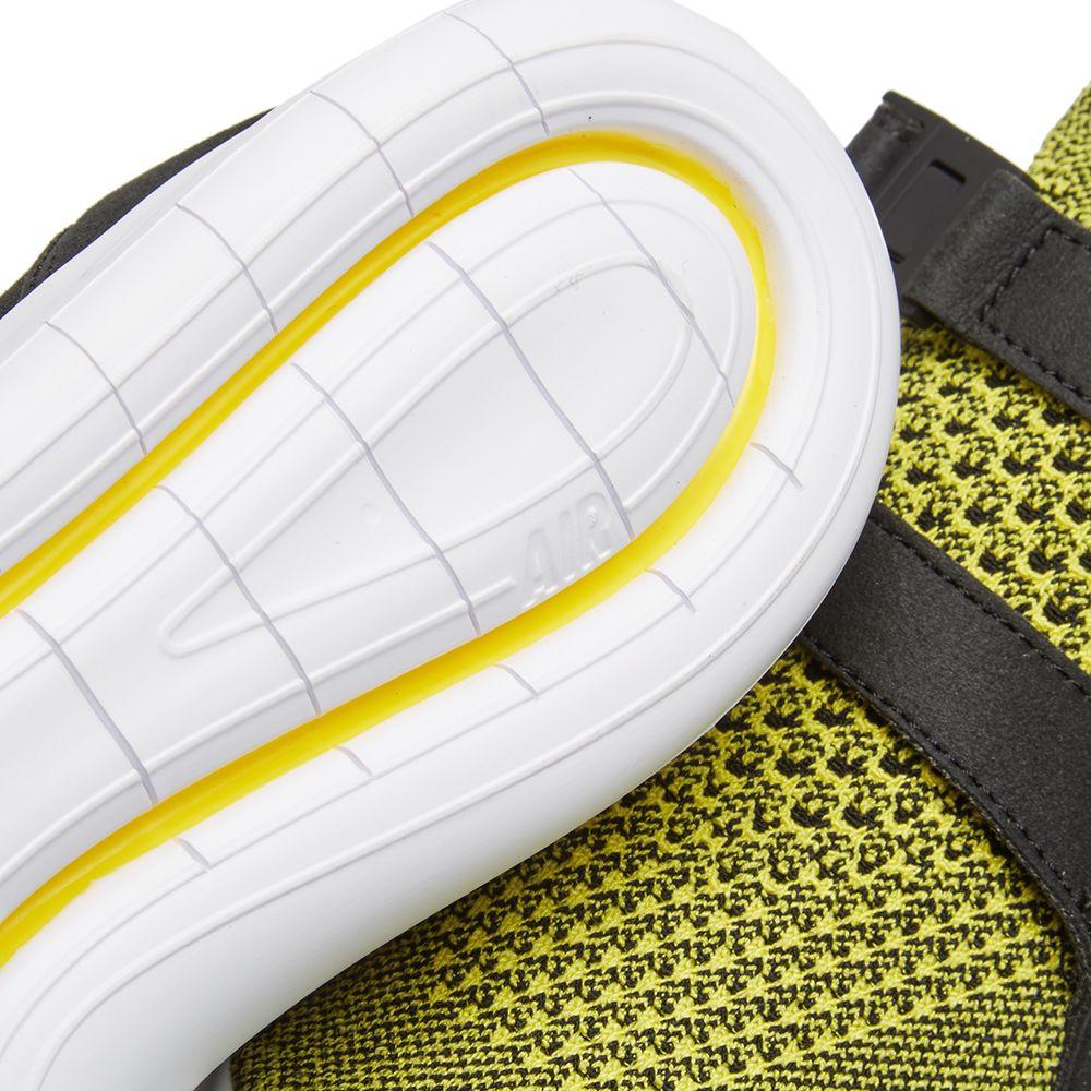 7018bb8fbde62f Nike W Sock Racer Ultra Flyknit Black