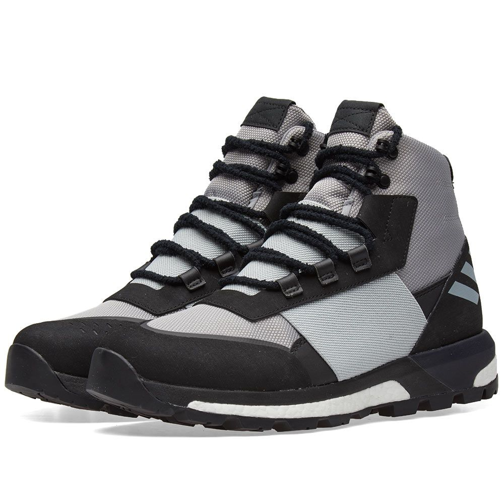 hot sale online daa22 ede27 Adidas Consortium x Day One Ultimate Boot Light Onix, Stone