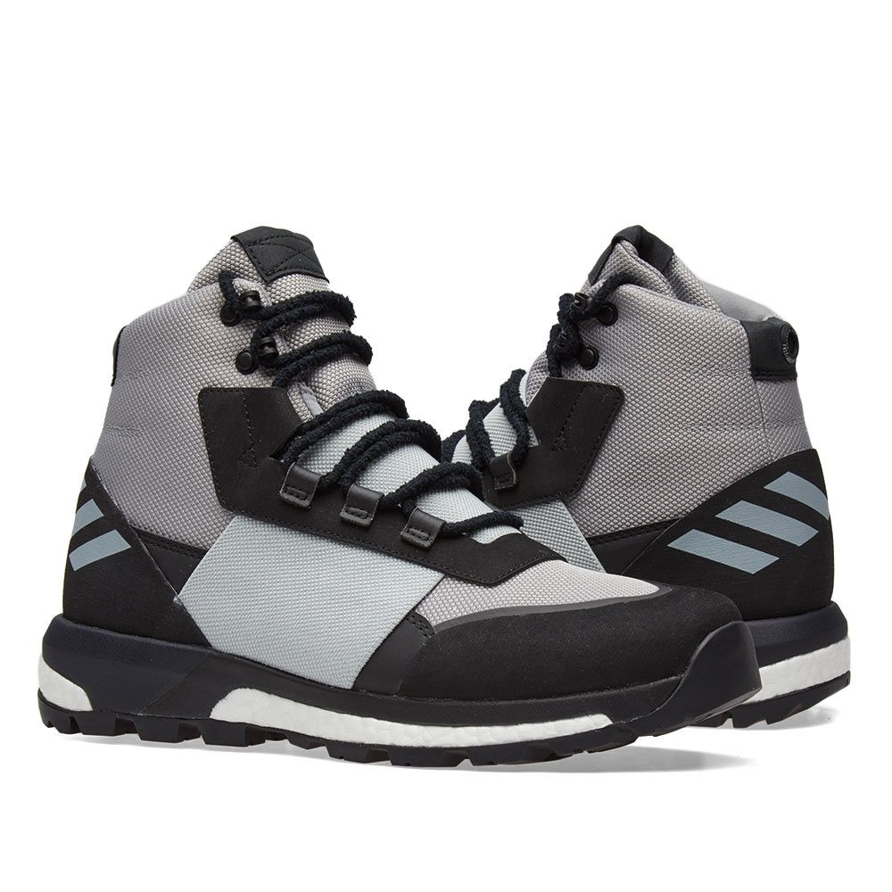 official photos ddc6f 91b34 Adidas Consortium x Day One Ultimate Boot. Light Onix ...