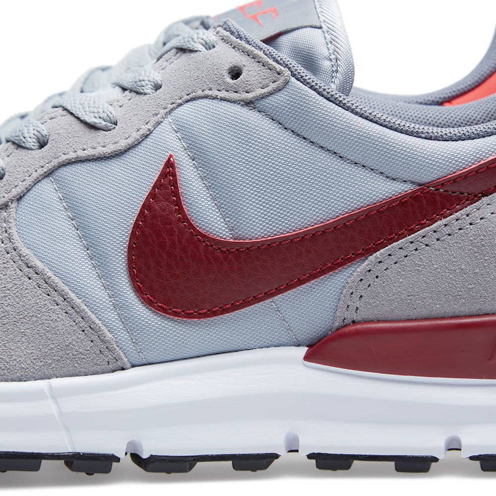 61fdde9963eb Nike Lunar Internationalist Wolf Grey   Team Red
