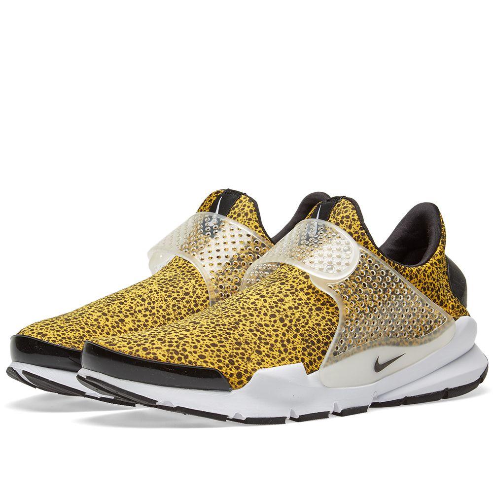 8b68b69cf2ec Nike Sock Dart QS University Gold   Black