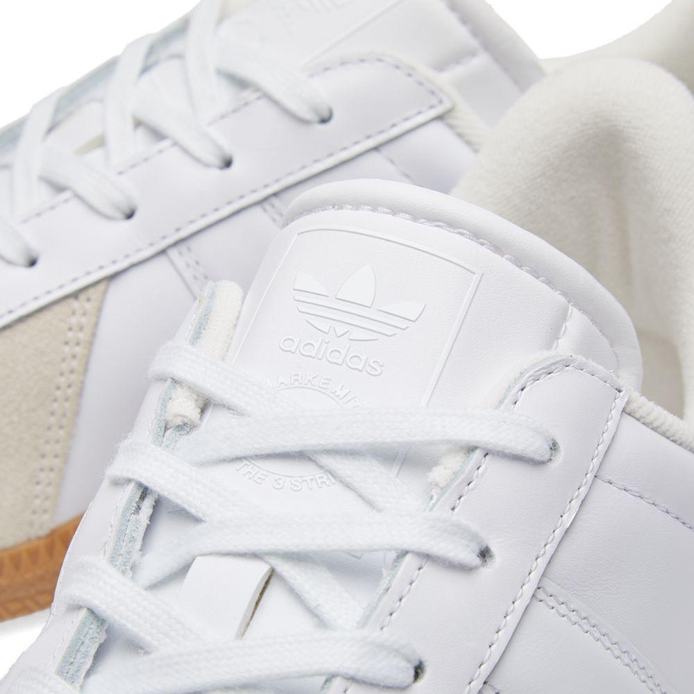 buy online 8f1f0 a07ac Adidas BW Army. White  Gum