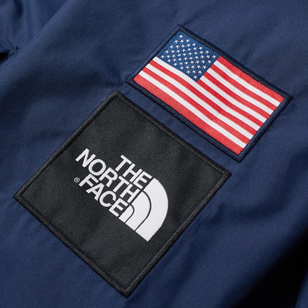bb71db2ff412 The North Face IC Coach Jacket Cosmic Blue