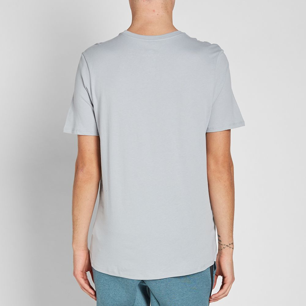 d6ce67ae3 Nike Graphic Shoebox Tee Wolf Grey | END.