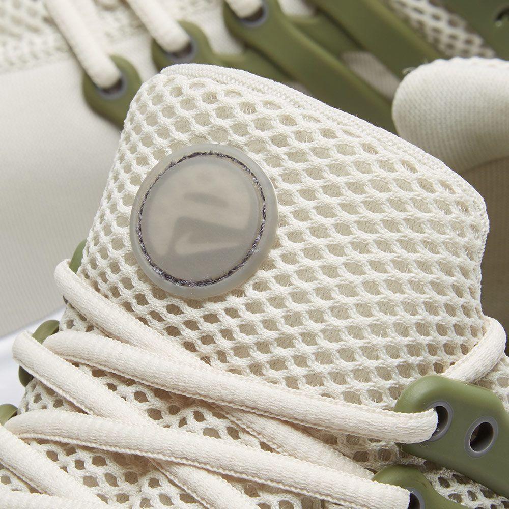 Nike Air Presto Essential. Light Bone 8c1554f413f