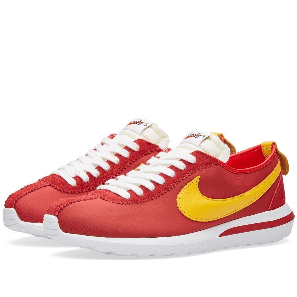 0f017138b56f Sold out. Description. The latest iteration of Nike s signature Roshe Cortez  ...