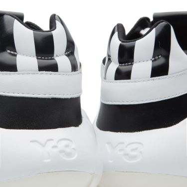 Y-3 Qasa Racer Knit Run White   Black  e693b7a33e51