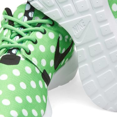 5c99b876195f Nike Roshe NM QS  Polka Dot  Green Strike