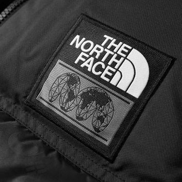 c3dfe4604e2a The North Face IC Nuptse Gilet Black