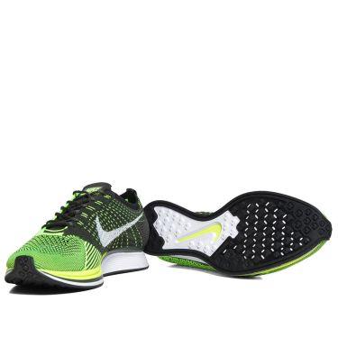 sports shoes 18305 505c7 homeNike Flyknit Racer. image