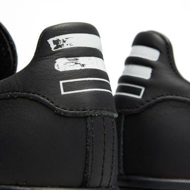 competitive price d0db0 48d1c Adidas Consortium x Pharrell Williams Stan Smith Solid. Black