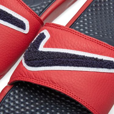 55e16bc0a02e Nike Benassi JDI Chenille Red