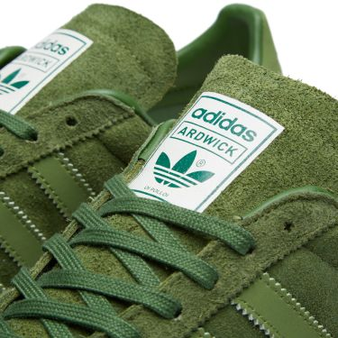 hot sale online d84ef 7f41e Adidas x Oi Polloi Ardwick Pantone  Forest Green  END.