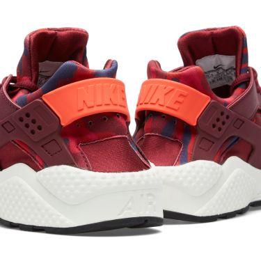 d36c8b311fcc Nike W Air Huarache Run Print Deep Garnet   Bright Crimson
