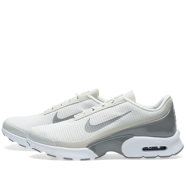 Nike Air Max Jewell Trainers In Light Bone
