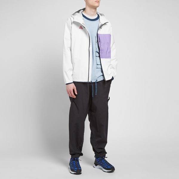 Nike MNRG ACG 2.5L Packable Jacket white purple