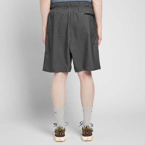 nike shorts tech pack