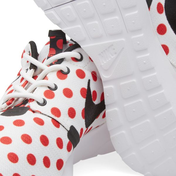 Nike Roshe NM QS Polka Dot WhiteBlack Action Red