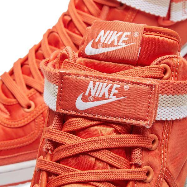 irregular vela Discriminación  Nike Vandal High Supreme Vintage Coral, White & Beige | END.