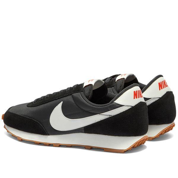 Nike Daybreak W Black, White, Brown