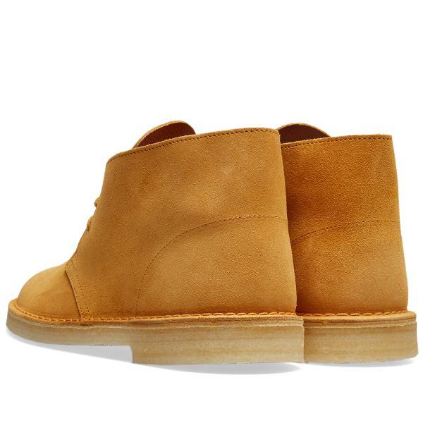 Clarks ORIGINALS Desert Boot Mens Desert Boots in Tumeric 12 US