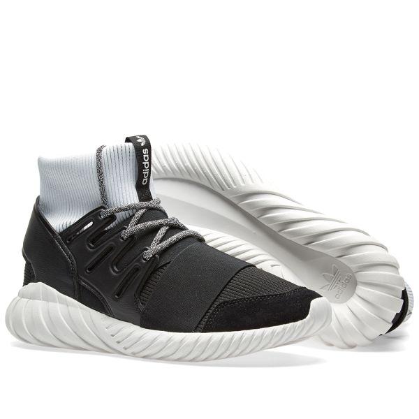 https://media.endclothing.com/media/f_auto,w_600,h_600/prodmedia/media/catalog/product/1/7/17-02-2017_adidas_tubulardoom_blackwhite_ba7555_eh_7.jpg