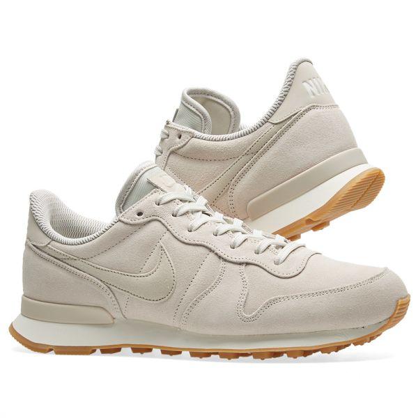 Nike Internationalist SE Women 872922 004