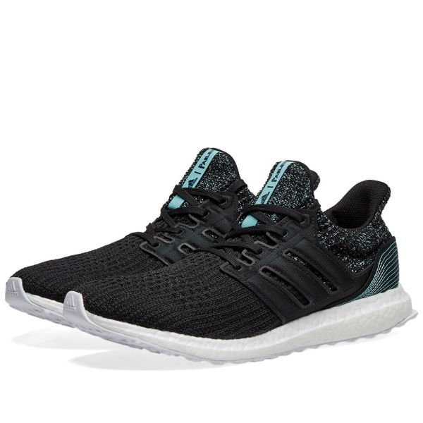 Adidas Big Kid's Ultra Boost in black and crab blue is
