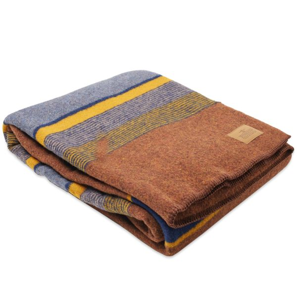 Pendleton Yakima Twin Wool Blanket With Carrier High Ridge End