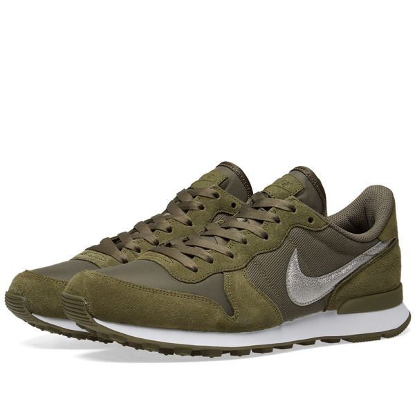 nike internationalist olive