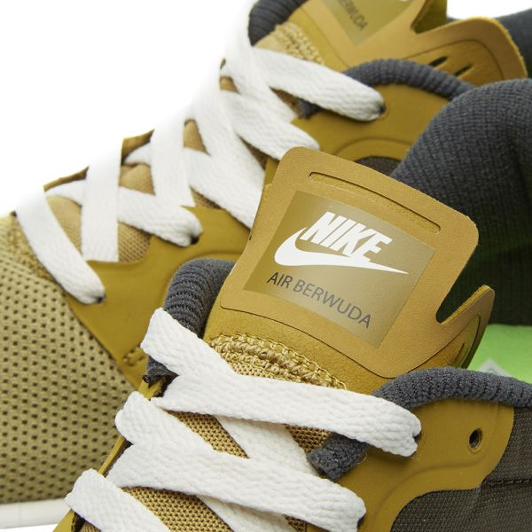 Arrestar Arthur Conan Doyle Varios  Nike Air Berwuda Camper Green & Black | END.