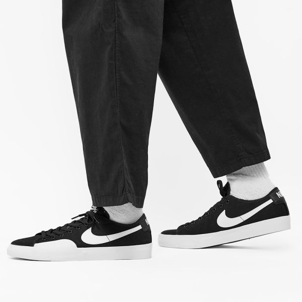 Nike SB Blazer Court Black, White, Gum & Brown | END.